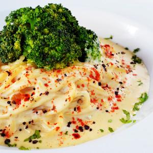 Brocolli in cream (vegetarian)